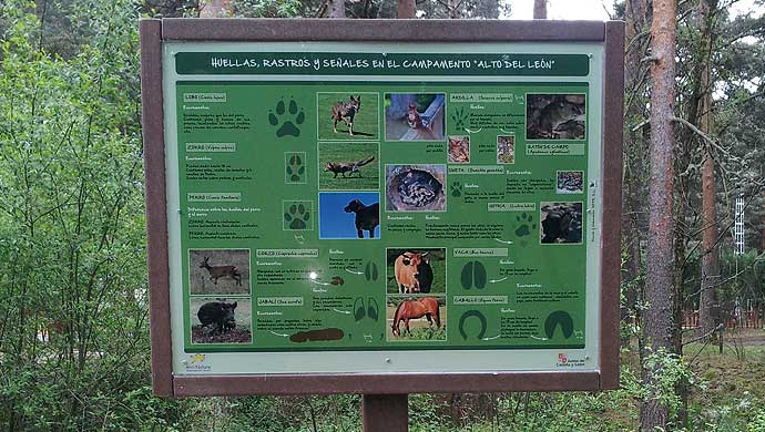Panneau informatif en bois (Parc National Sierra de Guadarrama)